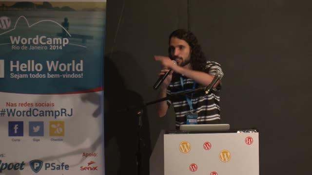 Deblyn Prado: Comunidade e Contribuição