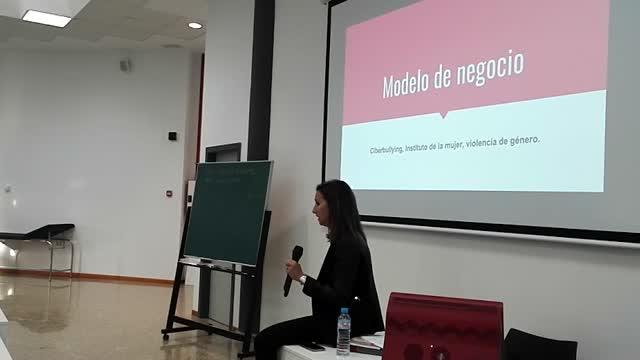 Chary Sánchez: Contenido creativo. El contenido se genera generando contenido.