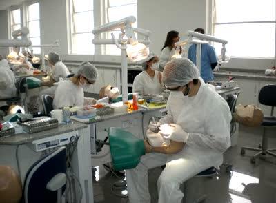 Ampliación y Equipamiento de la  Cátedra Técnica de Operatoria Dental - F.O.U.B.A