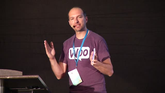Rodolfo Melogli: How to use content and live classes to build a community around your plugin