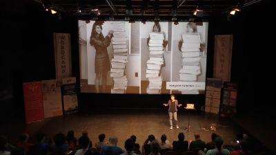 Giulia Tosato: Programmazione: femminile, singolare