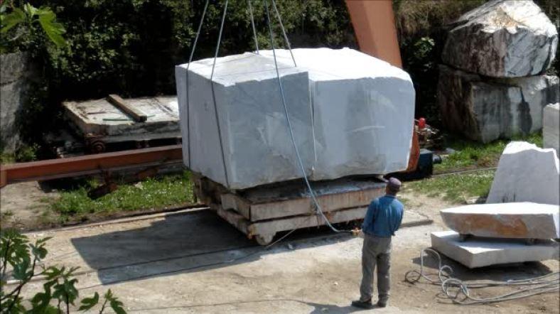 Vid. Moving Marble Block Italian Style, Carrara, Men at Work Along The North West Tuscan Way