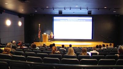 Amanda Gorman: 3 SEO Strategies for Building a Bigger Online Community