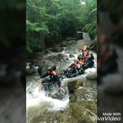 Pasukan boyok sempal versi senatah adventure