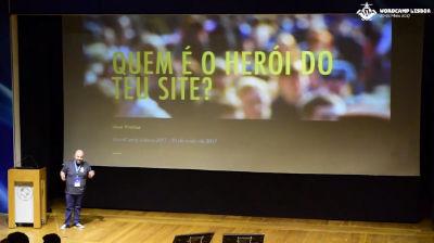 José Freitas: Quem é o herói do teu site?