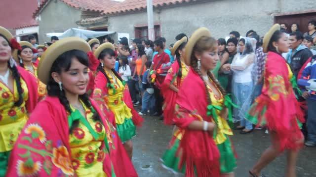 tarija girls Sistar girls - tarija bolivia 752 likes sistar girl's somos un grupo de chicas que nos gusta mucho bailar.