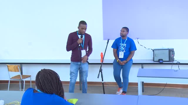 Tinomutenda Mpunganyi: Code is Poetry
