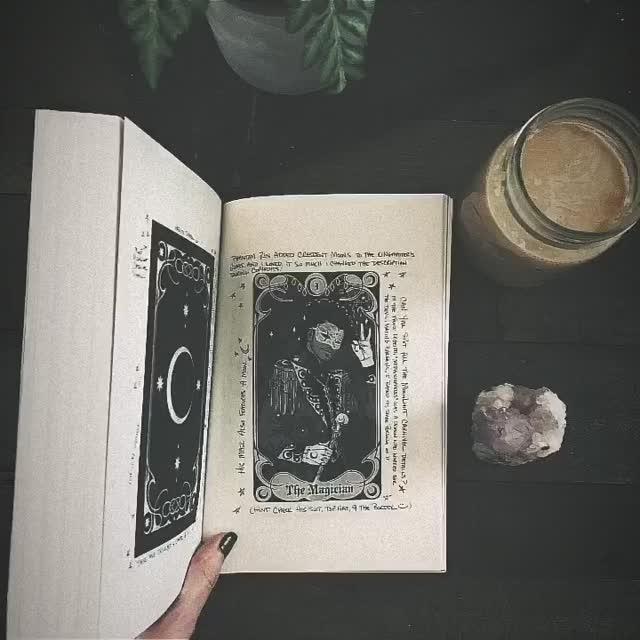 kerri maniscalco – write  eat  repeat