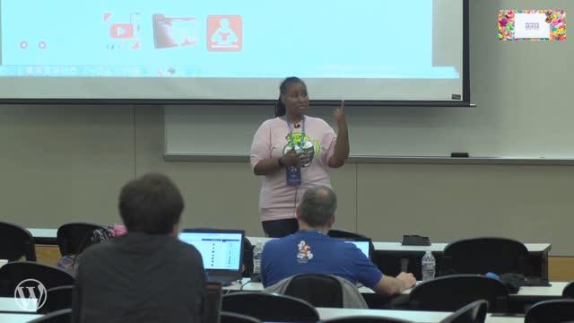 Aisha Adams: How to Build and Grow an Online Community