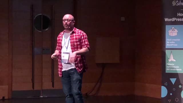Álvaro Gómez: Democratizando el futuro: Webs para toda la vida y más allá.