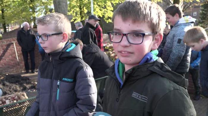 Leerlingen in Wieringerwerf herdenken Kristallnacht