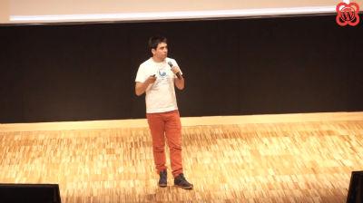 Andrés Cifuentes: Creando Comunidades Multilingües