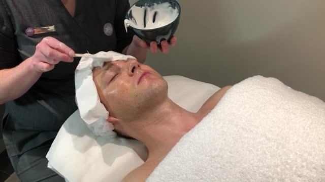 Therapie Clinic – Environ Collagen Power Treatment – BLU
