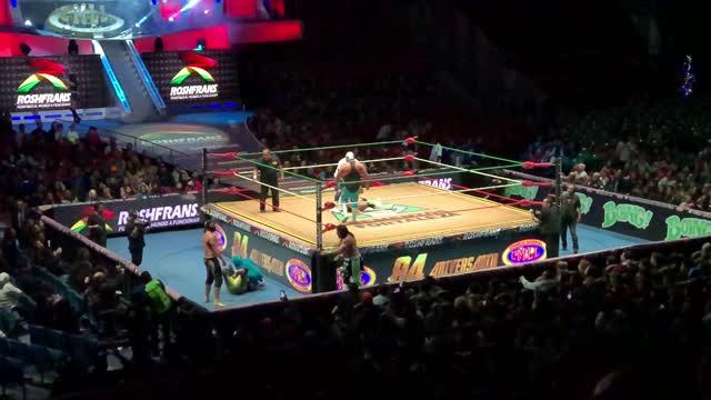 Lucha Libra @ Arena Mexico