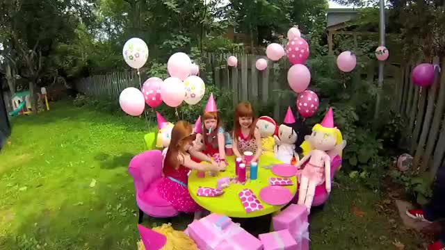 ... outdoor birthday party with My Friend Huggles dolls.  My Friend