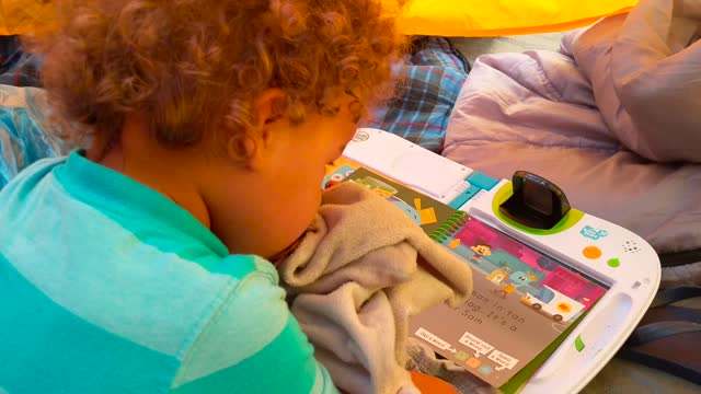 Get Your Kids' Brains to Connect with LeapFrog and VTech! — Our Youngest Playing with the LeapFrog Leapstart 3D
