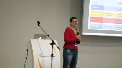 Kelly Castro: Gestão de projetos no desenvolvimento WordPress. Trabalhando em comunidade.