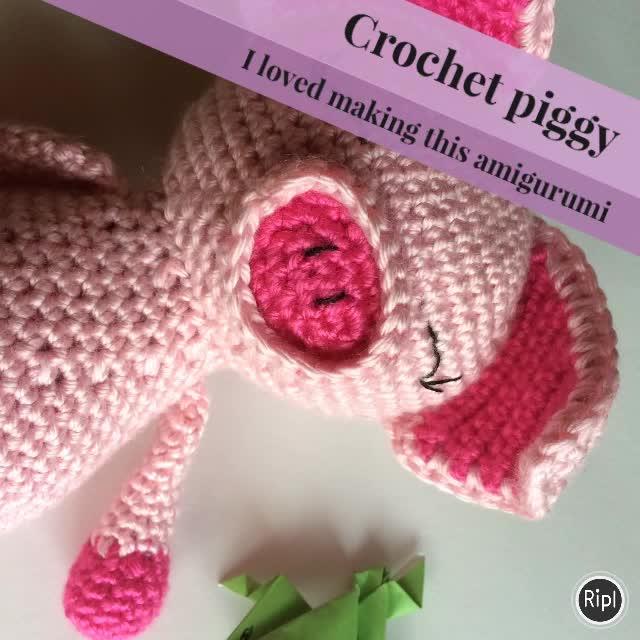 Crochet pig amigurumi OlenaHuffmireDesigns