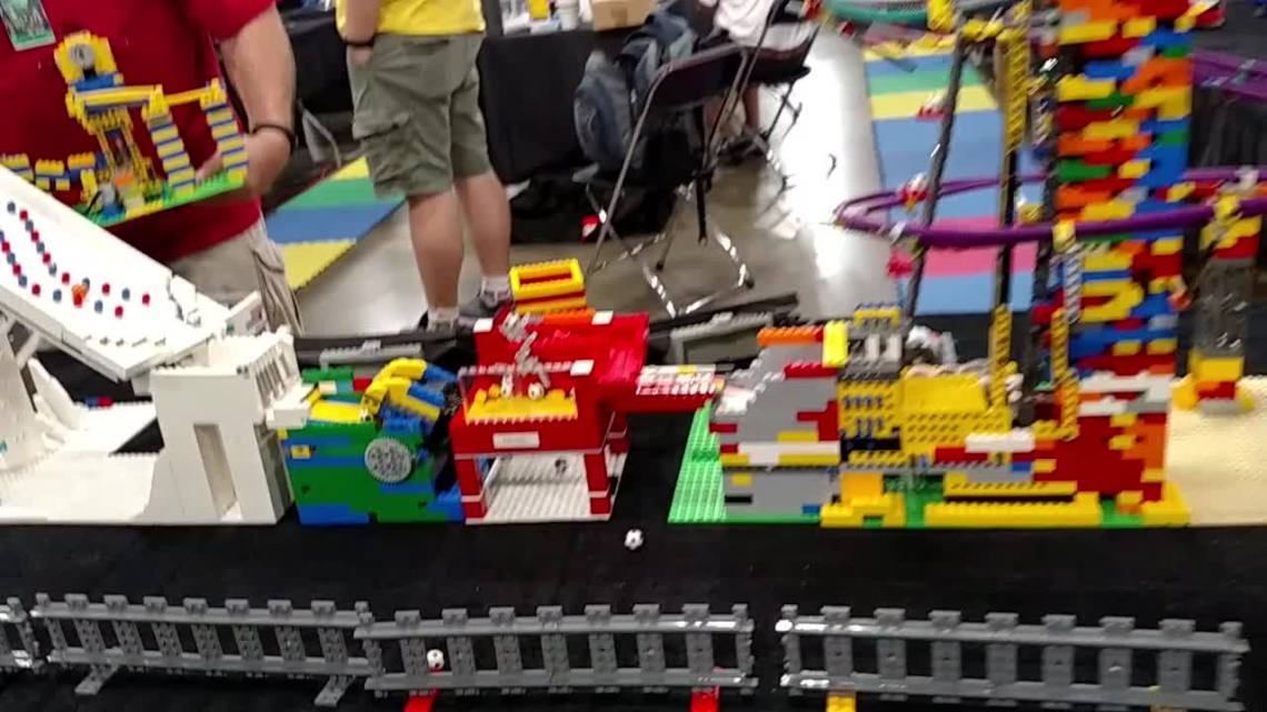 Geeky Daddy Visits The Lego Brickworld Fan Exposition