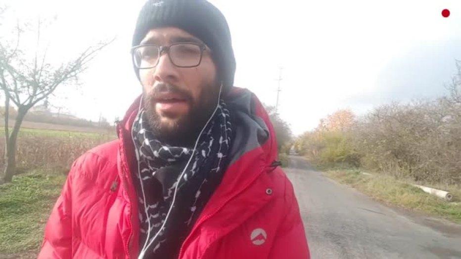 Swedish activist continues walk to Palestine