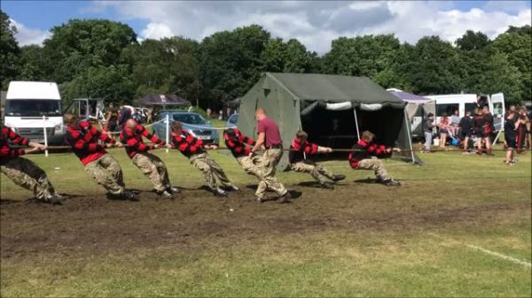 Tug of War competition at RLC Open Day July 2016
