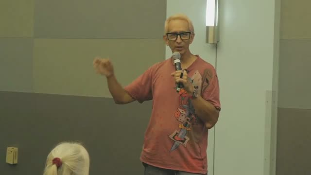 Glenn Zucman speaking at WordCamp Los Angeles