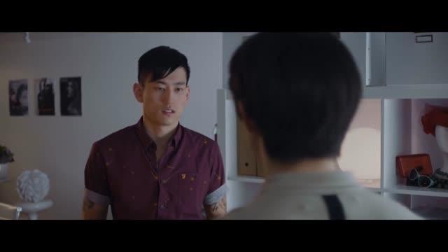 Streaming gay vids